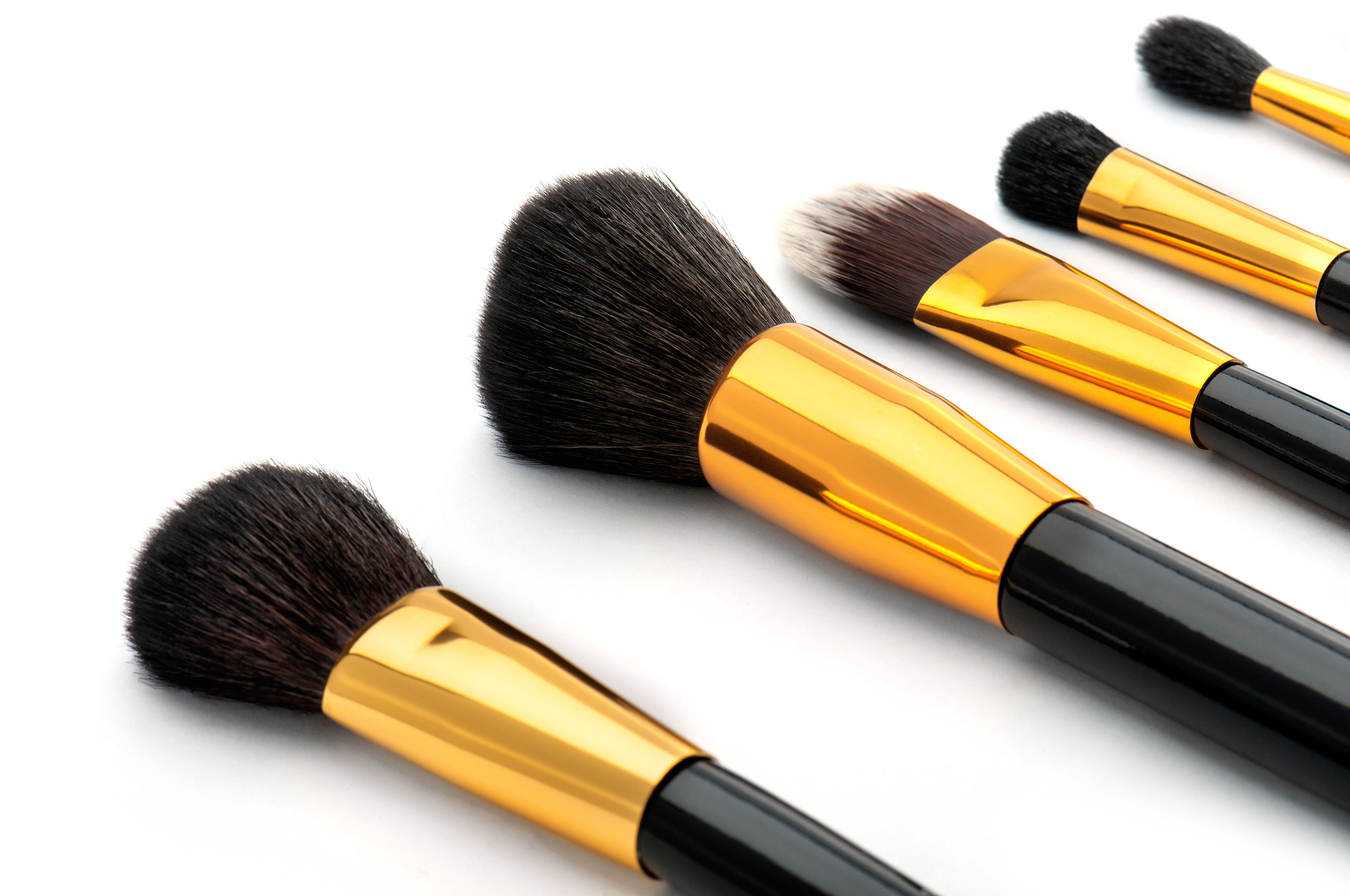 Use the right brushes! You need at least 5! 1. The Angled