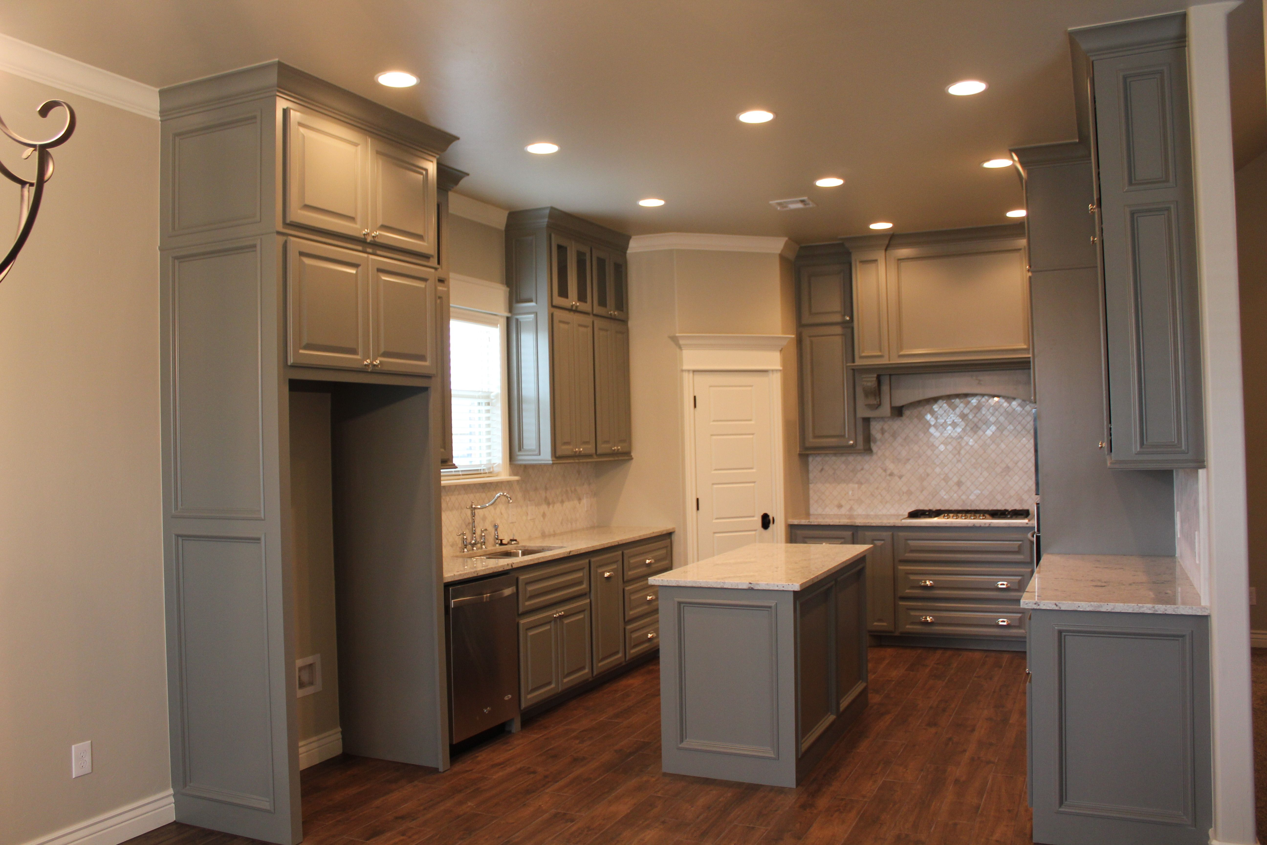 Beige Kitchen Cabinets Oakley Sink Backpack Stealth Black Bm Chelsea Gray Sw Accessible Walls