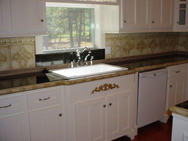[kitchen2.jpg]