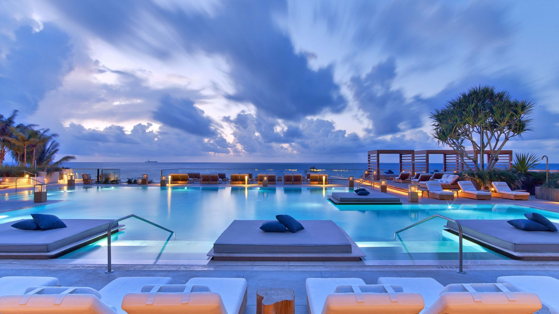 1 Hotel South Beach In Miami With Rooftop Pool