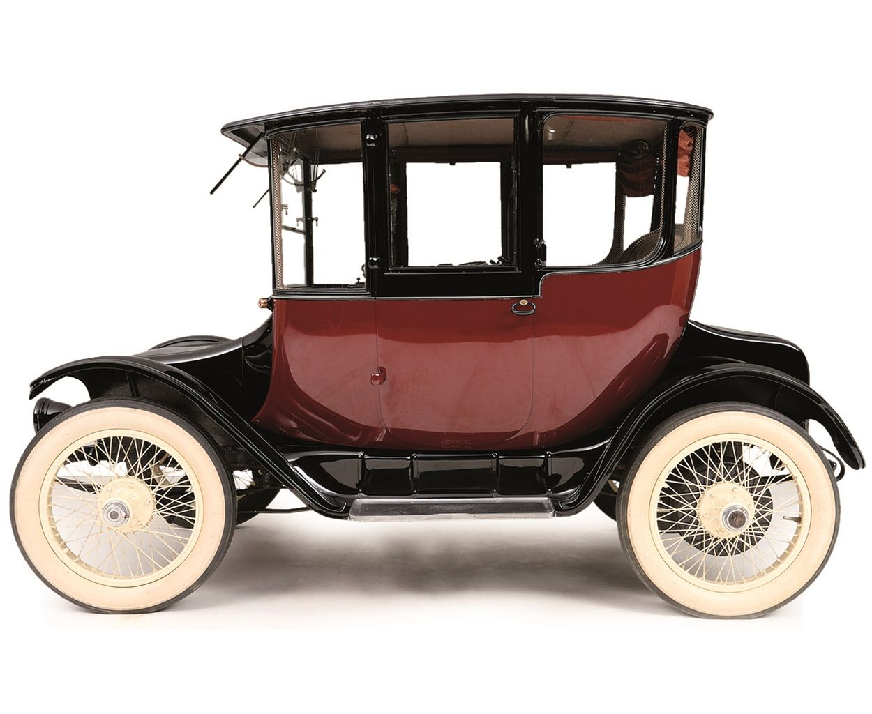 1912 Detroit Electric Clear Vision Brougham