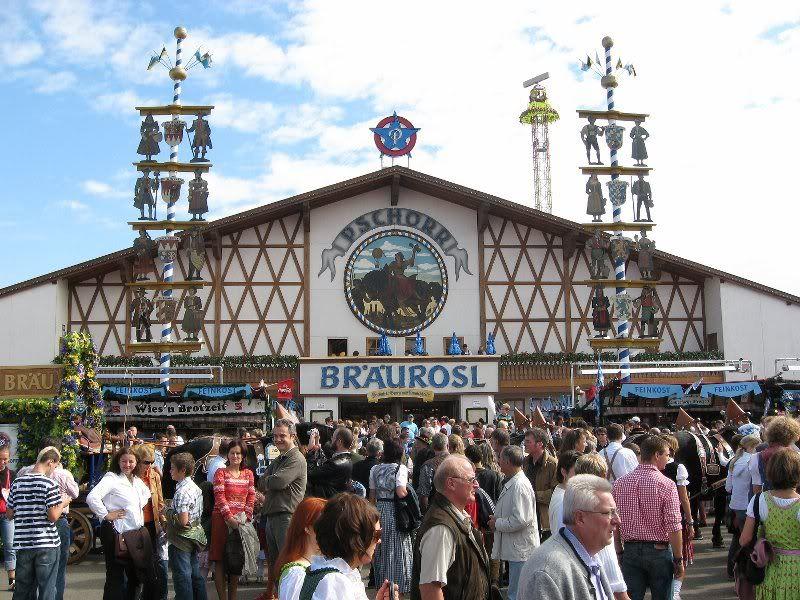 Munich Oktoberfest - beer  tent  - itu0027s all ... & Munich Oktoberfest - beer