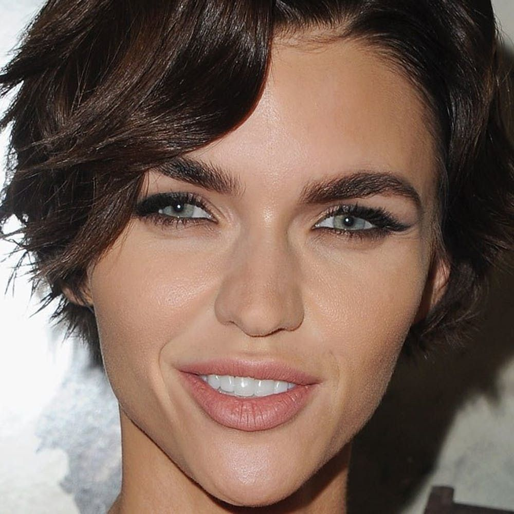 Ruby Rose Shared Her Haircut Fail And Its Actually Really Cool - Undercut hairstyle ruby rose