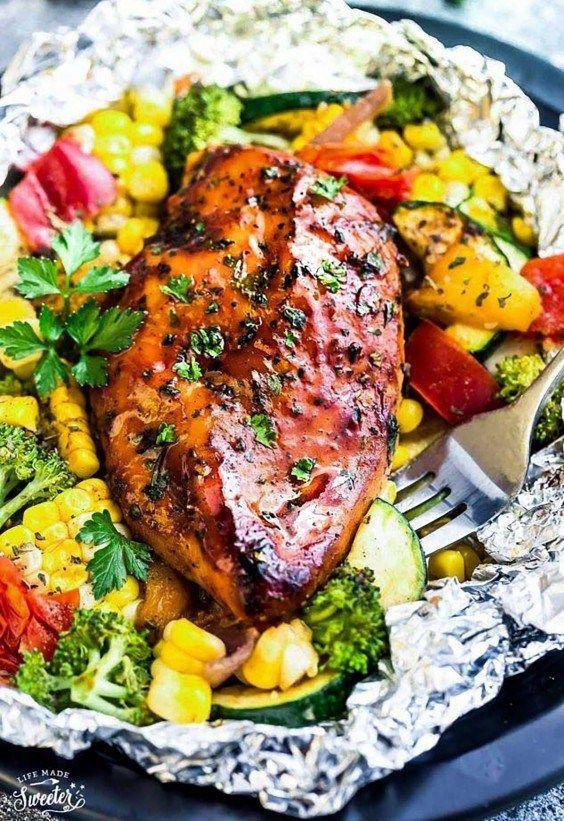 13 Toss-in-Foil-Hühnchen-Abendessen, die nicht durcheinander gebracht werden können  – Quick Meals