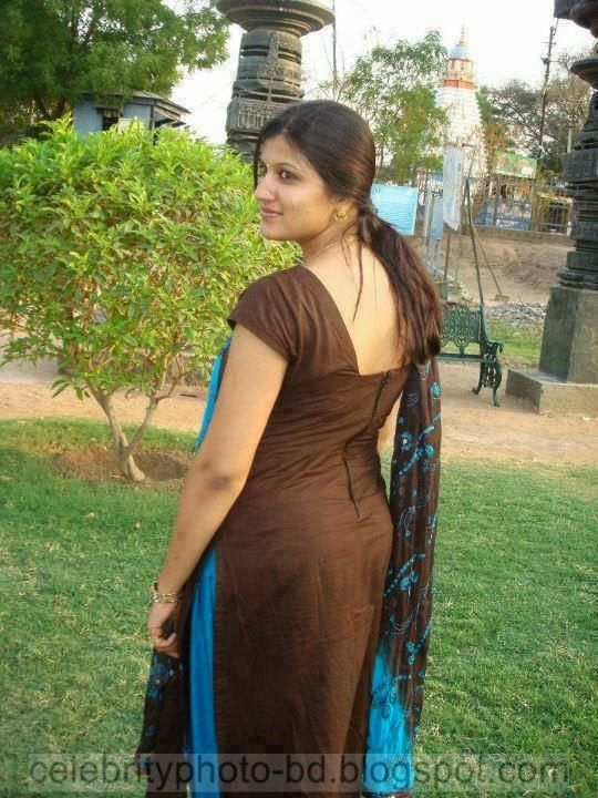 indian back side imge model aunty desi