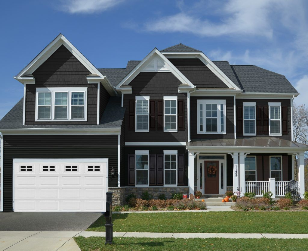 Manor A Bold Dark Color Vinyl Siding From Kp Vinyl Siding