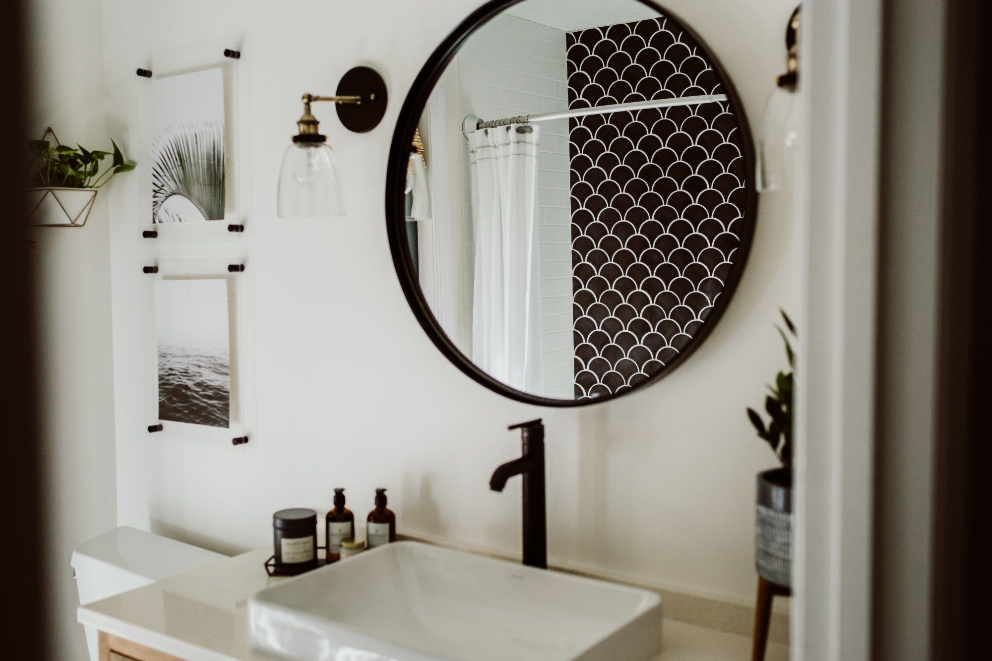 Modern Guest Bathroom Reveal: One Room Challenge, Week 6 - Within the Grove #whitebathroompaint