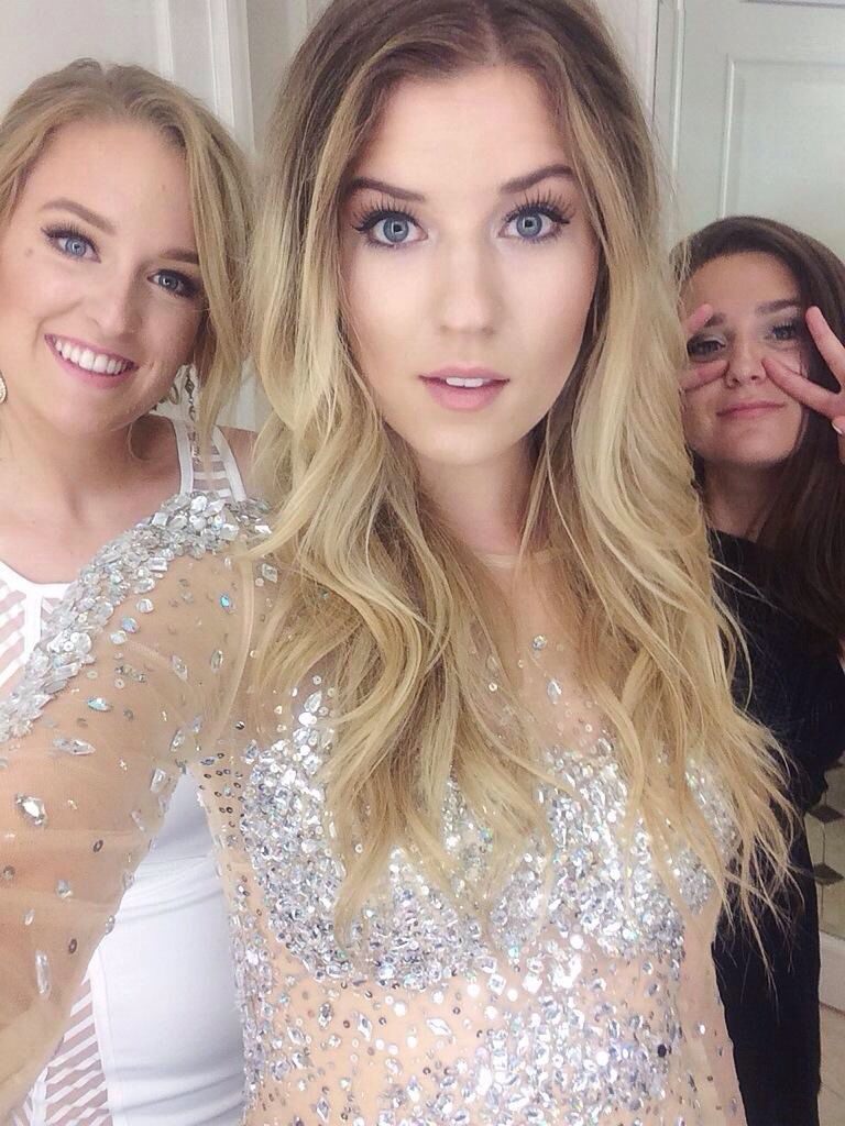 Meghan Rienks and Marissa Lace and Sydney {her dress is the most beautiful thing ever}