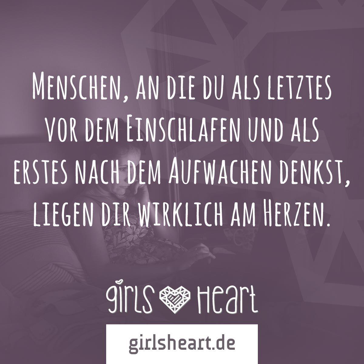 Und an wen denkst du?  Mehr Sprüche auf: www.girlsheart.de