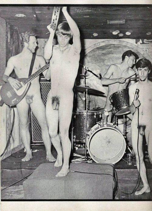 Nude Male Musicians  Contracultura En 2018  Vintage Men -4390
