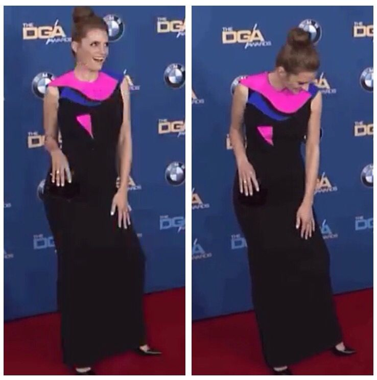 Stana cracks up on the red carpet.