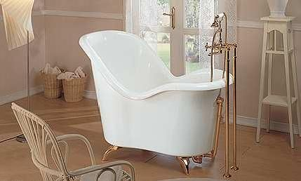 Fre Standing Small Soaking Tub Gruppo Treesse Moulin