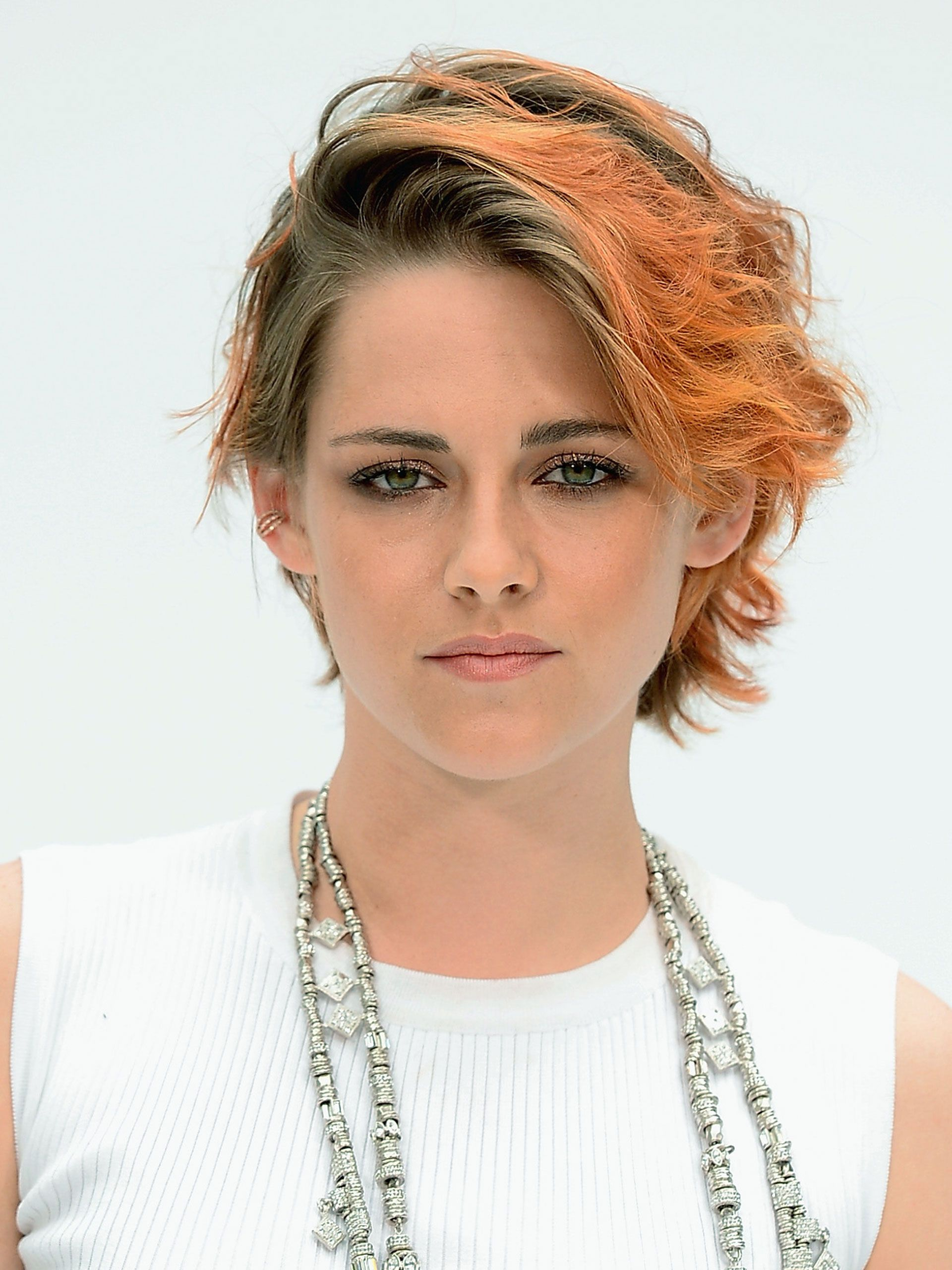 20 Non Awkward Ways to Grow Out Your Short Haircut