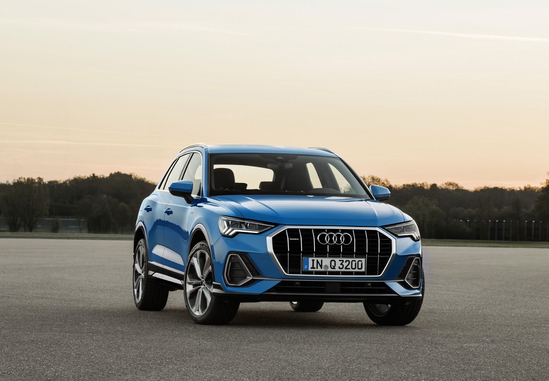 New 2019 Audi Q3 Starts From 38 900 In Canada Will U S Price Be Similar Carmojo The Entry Level 2019 Audi Q3 Comes Standard With All Audi Q3 Audi Suv