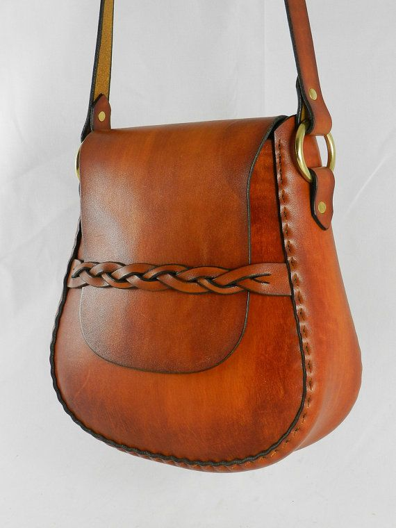 Latigo cuero bolso hecho a mano - teñida a mano, cosido a mano - hardware de latón