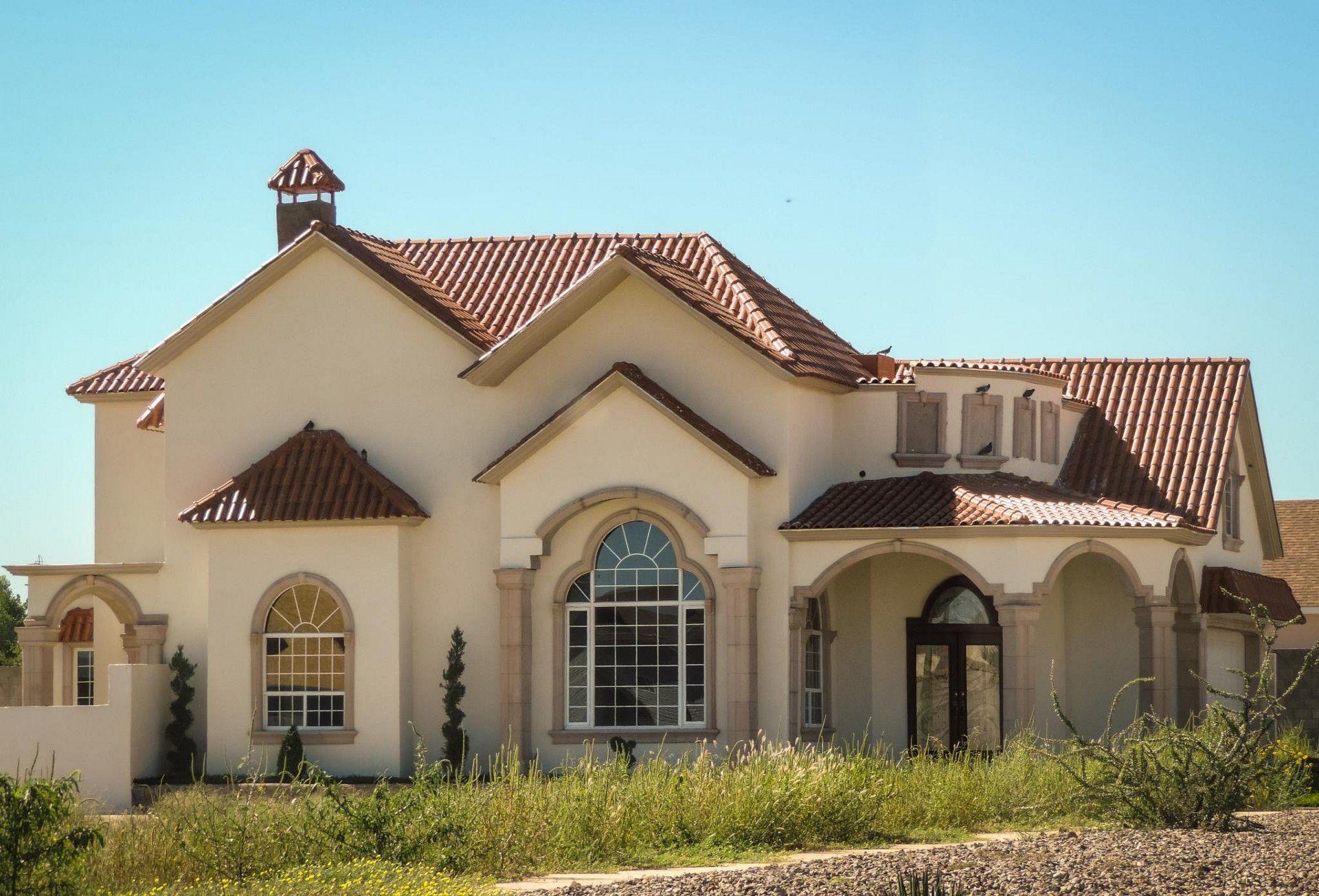Casas con color teja buscar con google ideas para el for Casas con techo de teja