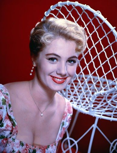 Vintage Glamour Girls: Shirley Jones
