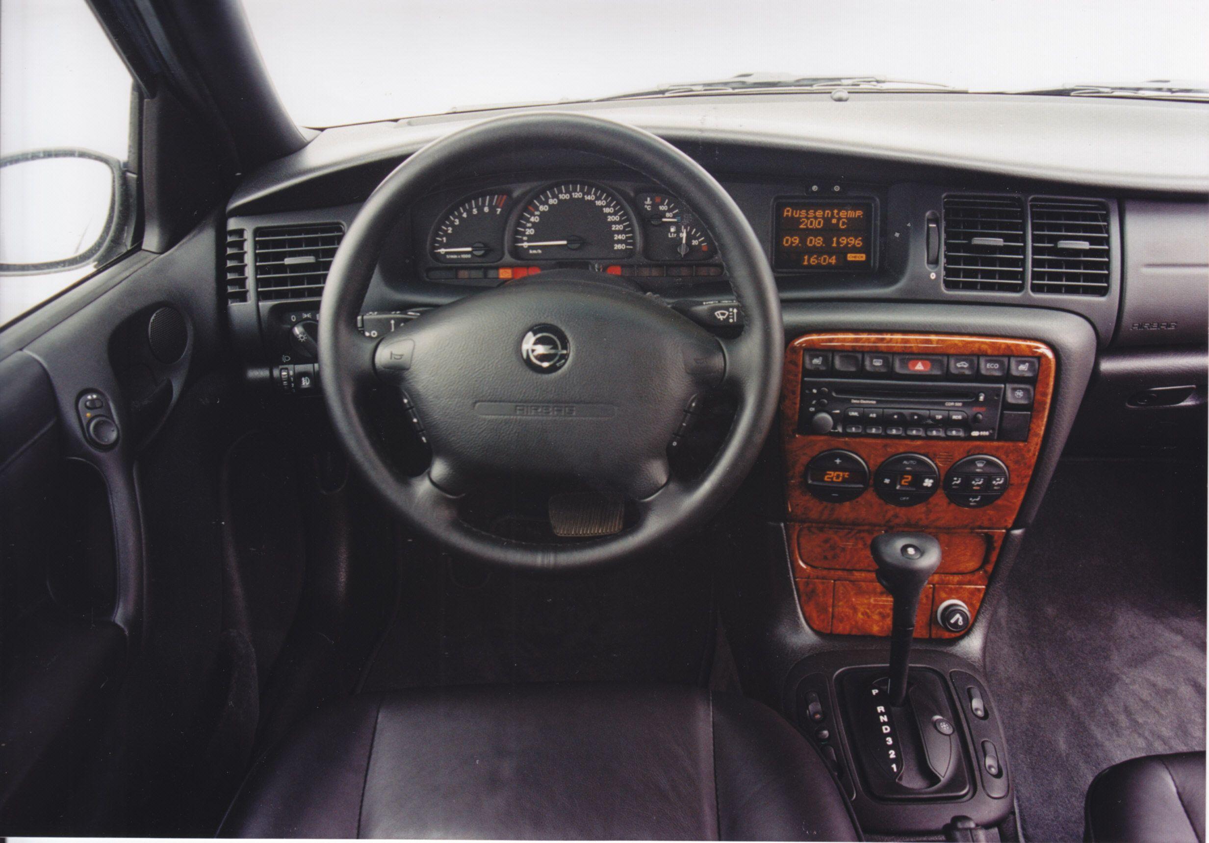 Opel Vectra Caravan Dashboard 5 Languages 09 1996 Opel Vectra Automotive Interior Car Interior