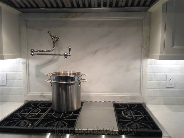 Again Marble Backsplash With Suble Marble Trim Detail