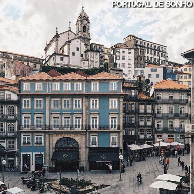⠀ • Porto • Foto de @martavazpedro • #portugal_de_sonho • Foto seleccionada por @nuno_almeida ⠀
