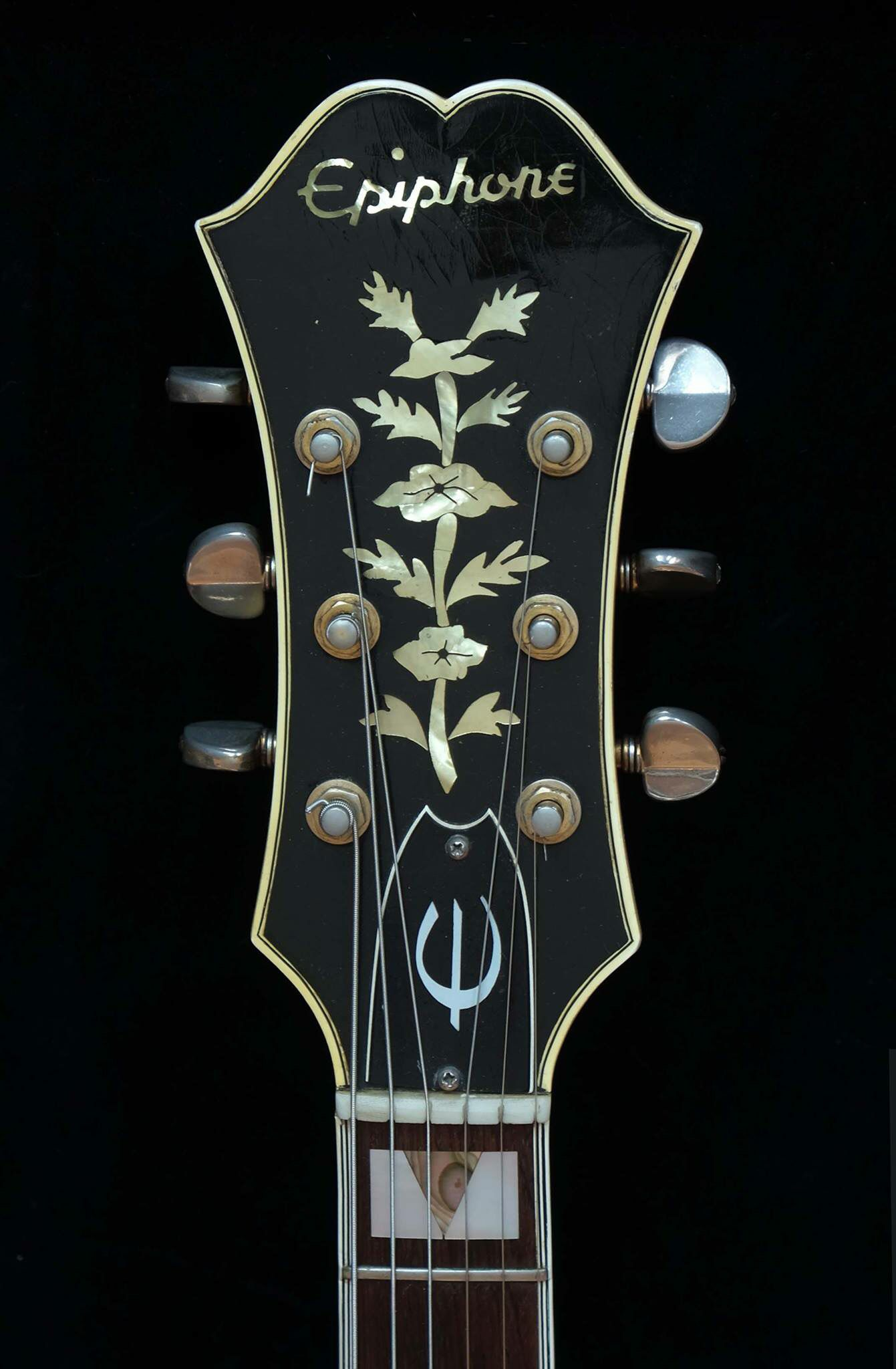 1964 Epiphone Sheraton Headstock Olde Dude Observations In 2019 Guitar On Pinterest Steampunk Fender Telecaster And Gibson Room Parts Building