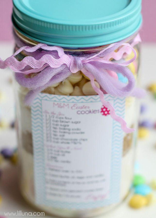Cute easter cookie jar gift tutorial and free tags on lilluna cute easter cookie jar gift tutorial and free tags on lilluna negle Gallery