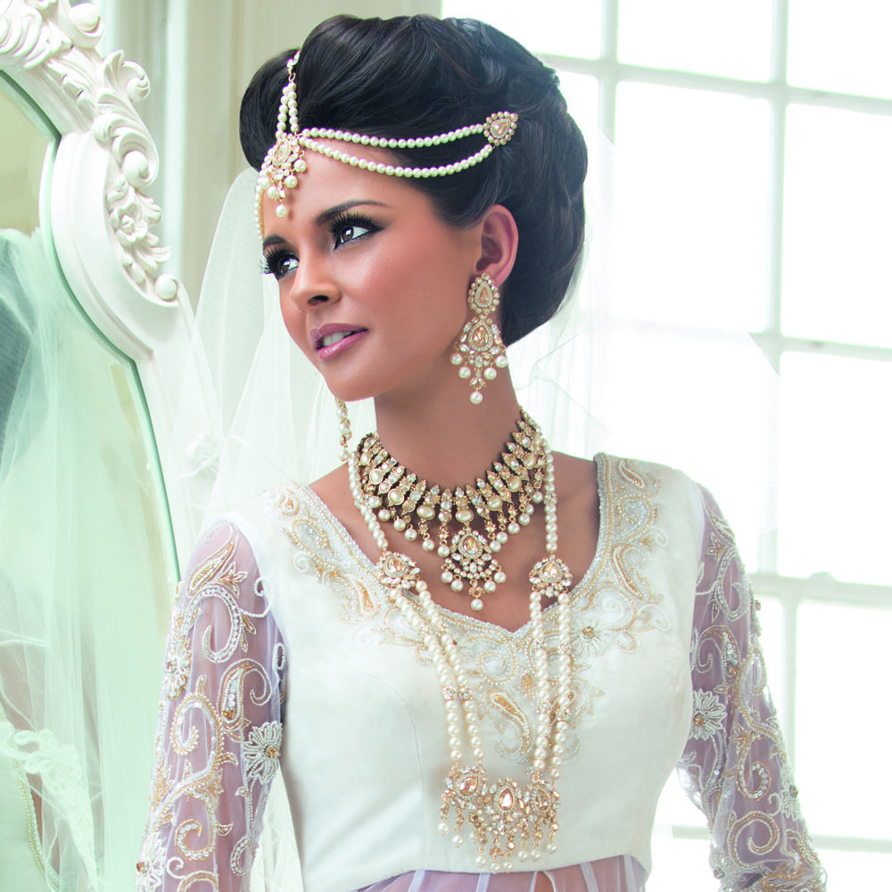 The beauty of pearls with an Indian touch ;) | Hair Accessory Heaven ...
