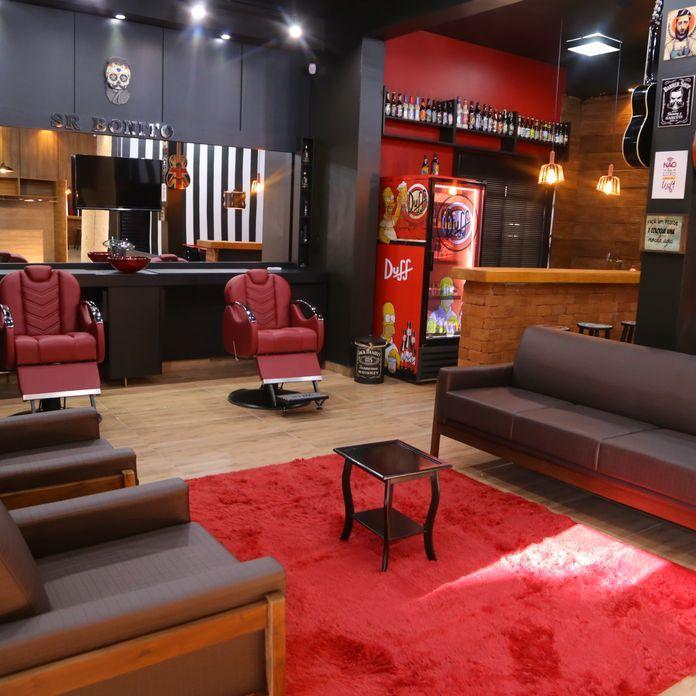 Diversos Tapete vermelho e sofá marrom marlucialandimdecor ...