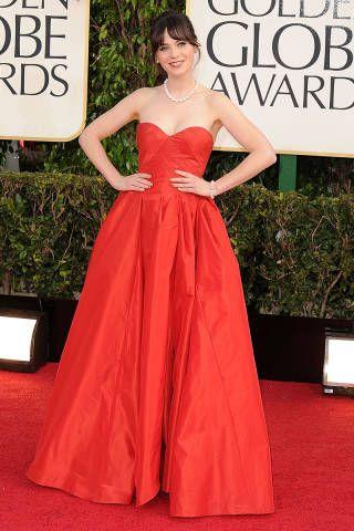 Red dress. Oscar de la Renta