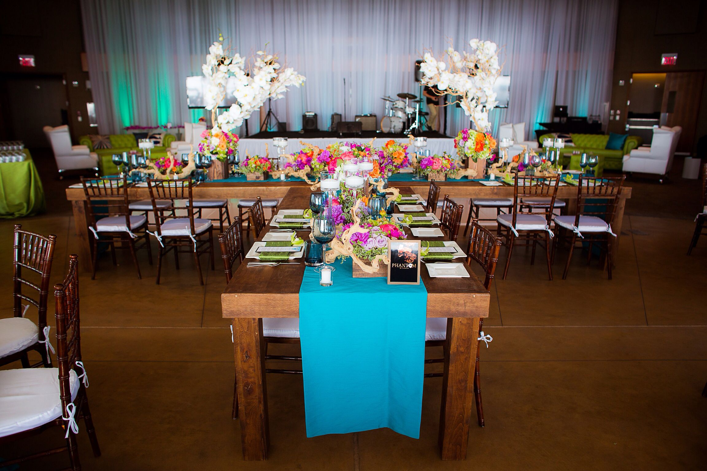 Rustic T Shaped Head Table Scripps Forum Wedding
