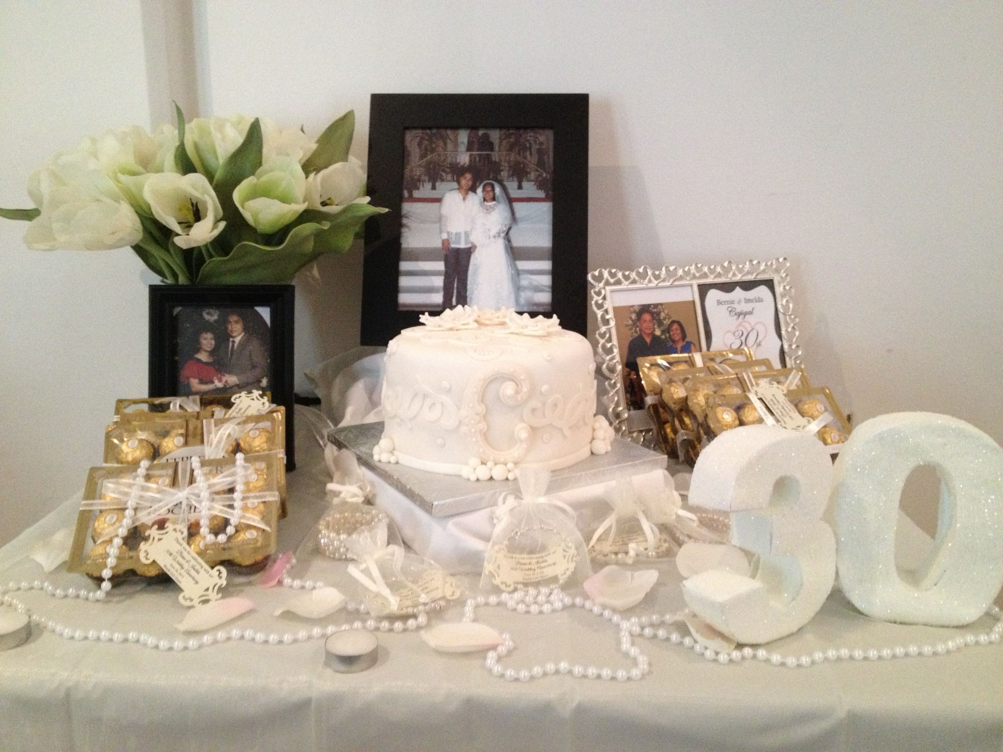 pearl wedding anniversary-- like the table decor!! can get cheap