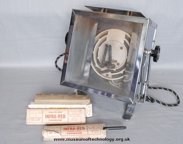 CARBON ARC SUN RAY LAMP, 1950u0027s   A Health Ray Sun Lamp That Uses Two