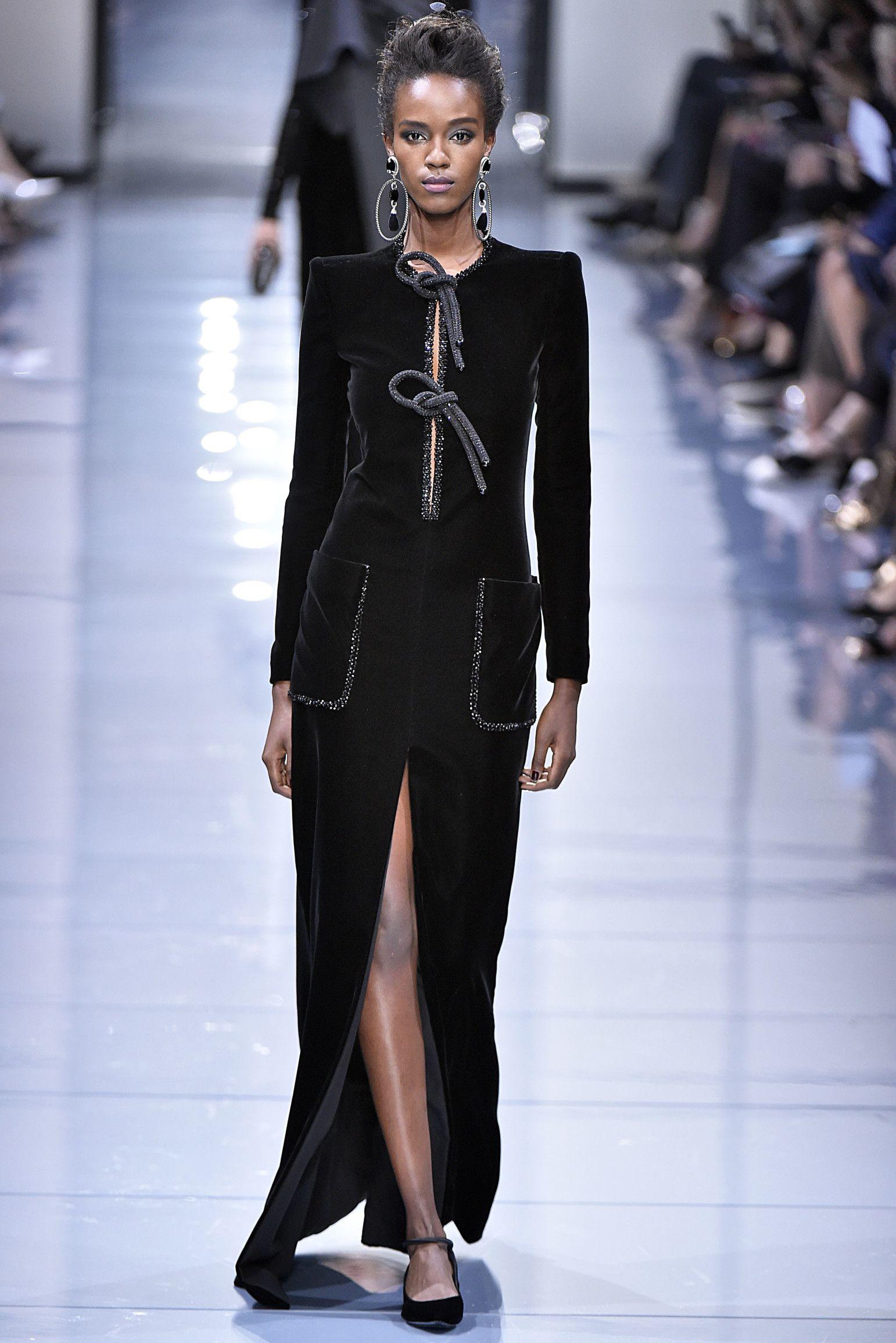 Christian Siriano Spring 2020 Ready To Wear Fashion Show In 2020 Celine Dion Christian Siriano Celine