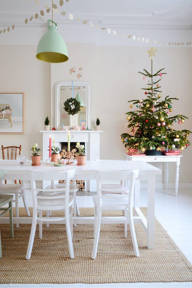 christmas house esstische lichtlein und weihnachten. Black Bedroom Furniture Sets. Home Design Ideas