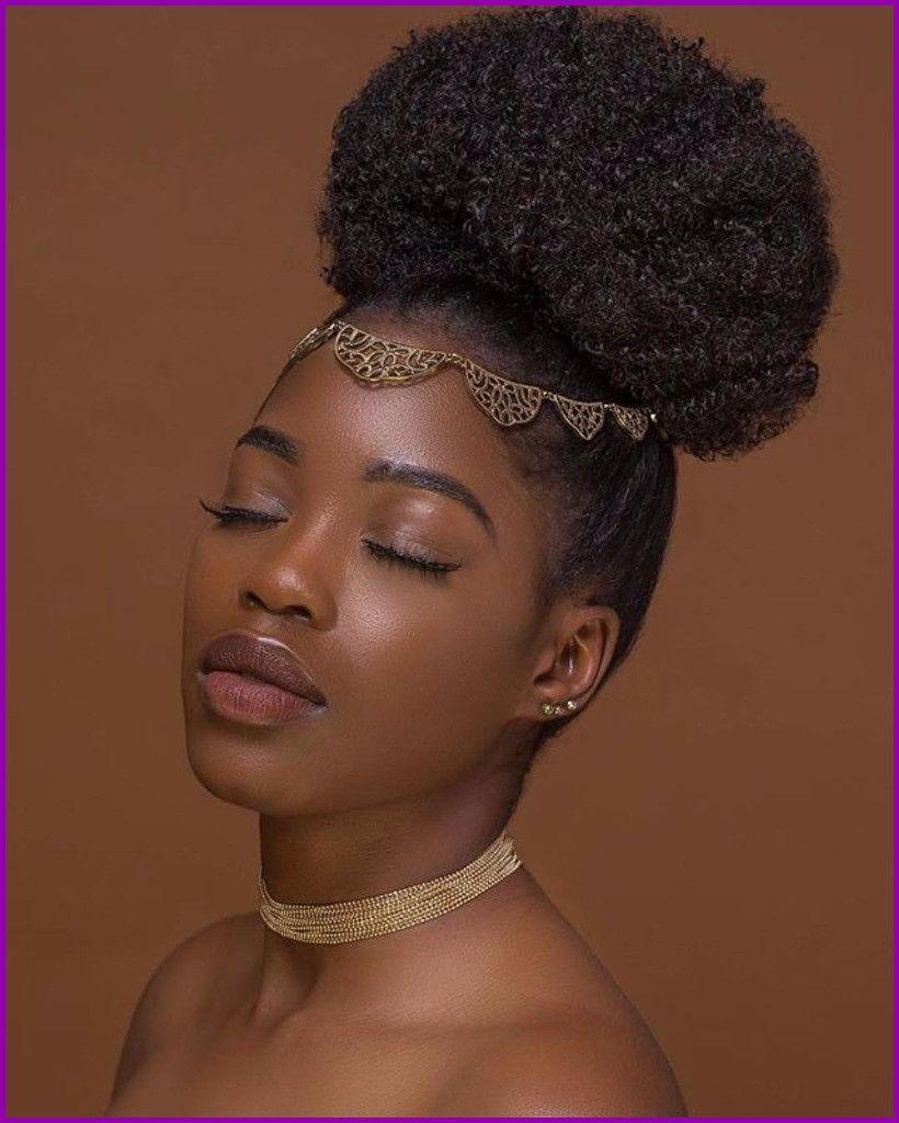 Afrodelicious Salon Nappy Coiffure Mariage Cheveux Crepus De Coiffure Mariage Cheveux Coiffure Naturelle Coiffure Cheveux Naturels Chignon Sur Cheveux Naturels