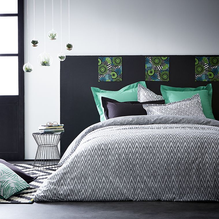 id es d co chambre d clic urban jungle la chambre. Black Bedroom Furniture Sets. Home Design Ideas