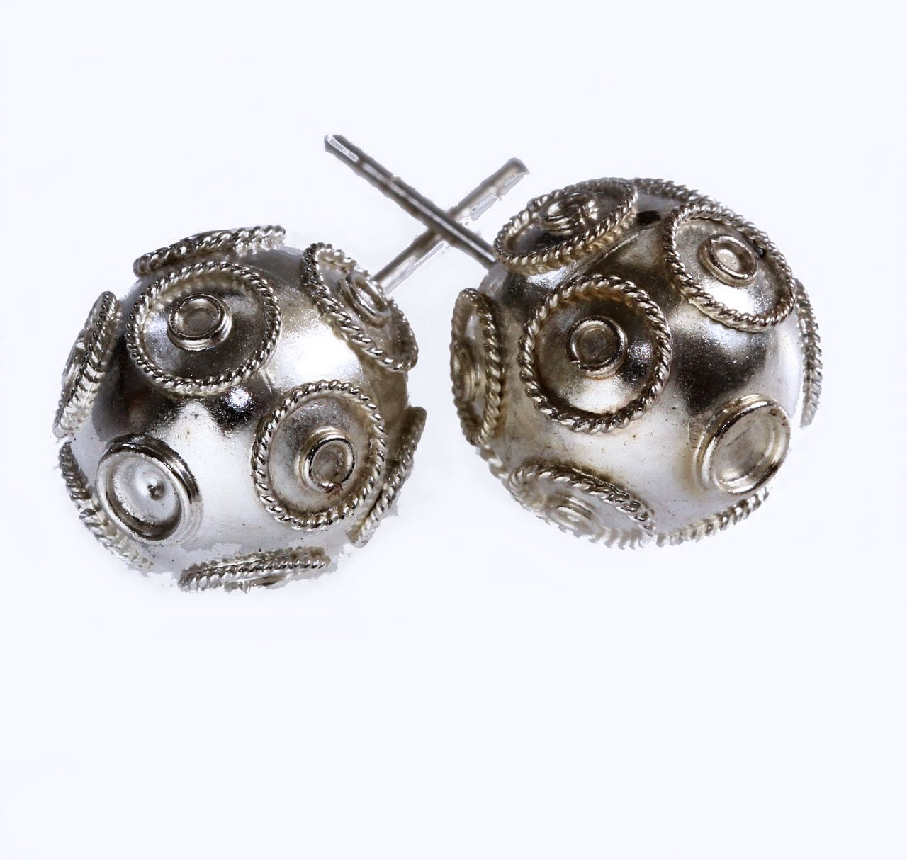 Modavista - Earrings studs silver balls with filigree wire patterns ...
