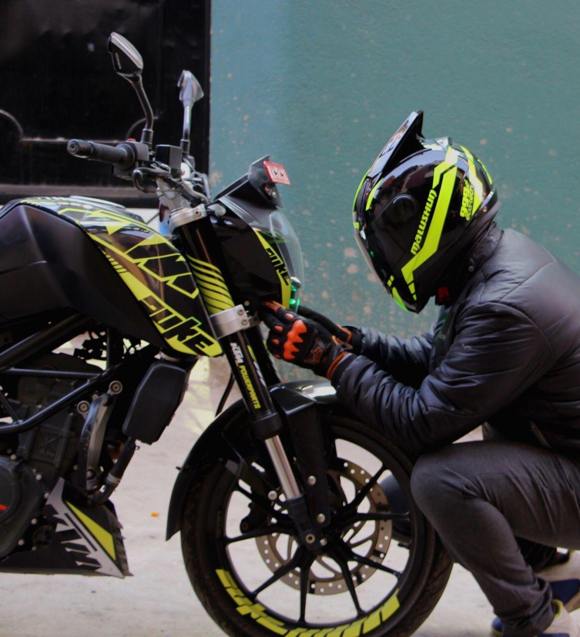 Pin By Anubhav On Ktm Duke 200 Ktm Duke Duke Bike Bike Photoshoot