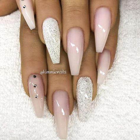 Coffin Nail Designs Update Your Trendy Compilation Glaminati Com Gold Nails Coffin Nails Long Luxury Nails