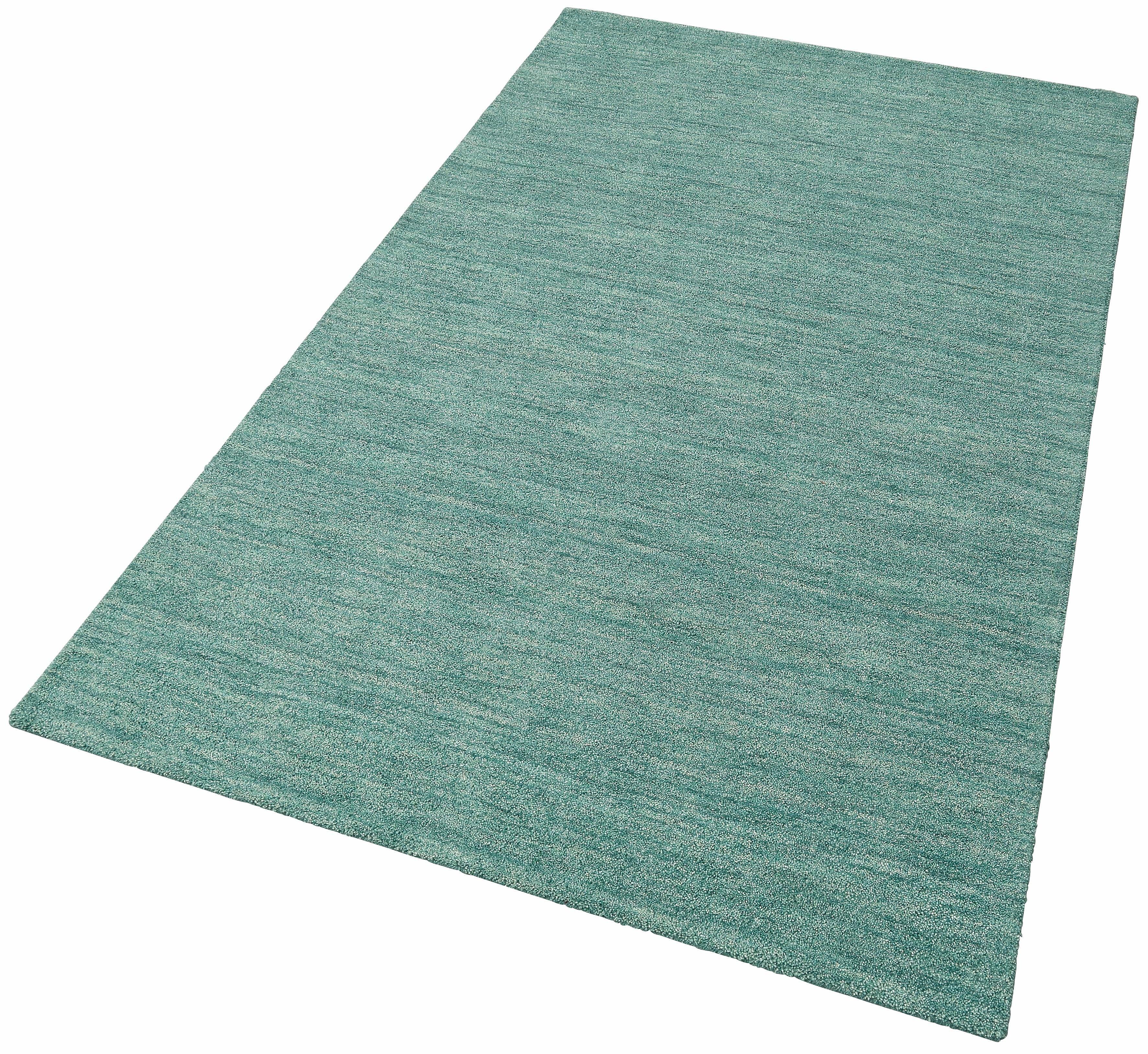 unter teppich amazing teppich unterm bett bett kopfteil rustikal holz teppich deko beige shabby. Black Bedroom Furniture Sets. Home Design Ideas