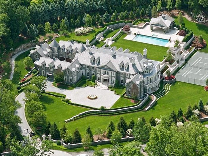 Planning To Win The Lottery This List Reveals The Highest Priced Home In Each State Mansions Stone Mansion Big Mansions