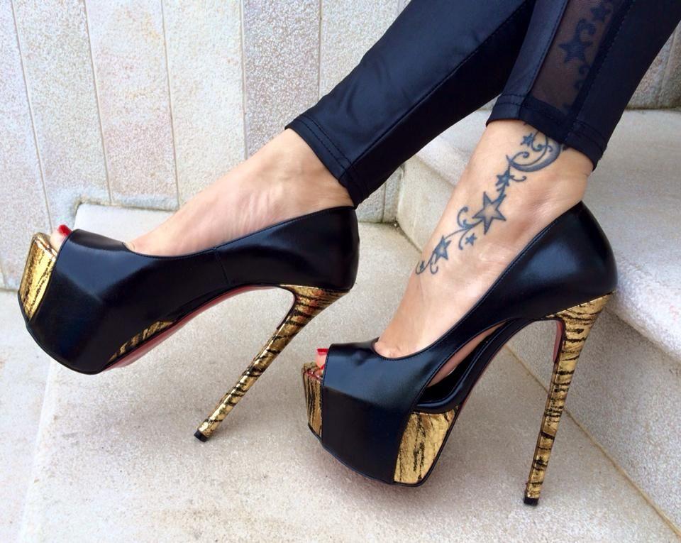 Scarpe Di Moda, Scarpe Da Spogliarellista, Tacchi Alti Sexy, Scarpe Col  Tacco, Guardare, Stiletti, Piccole Anatre, Beleza, Tacchi Alti
