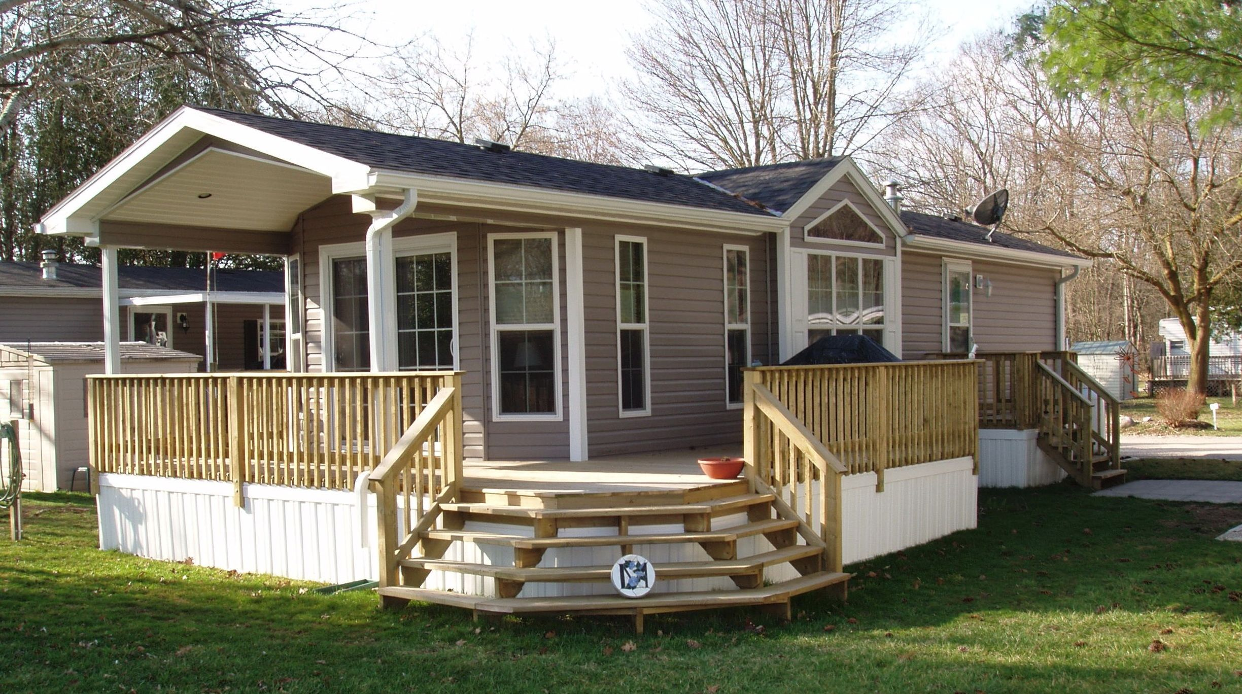 9 Beautiful Manufactured Home Porch Ideas 9