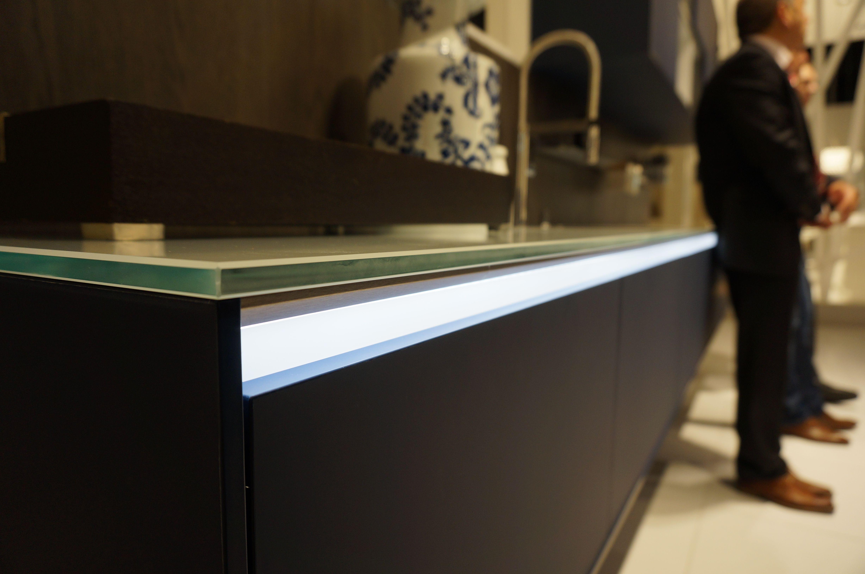Led verlichting onder het werkblad kitchen - Keuken volledige verkoop ...