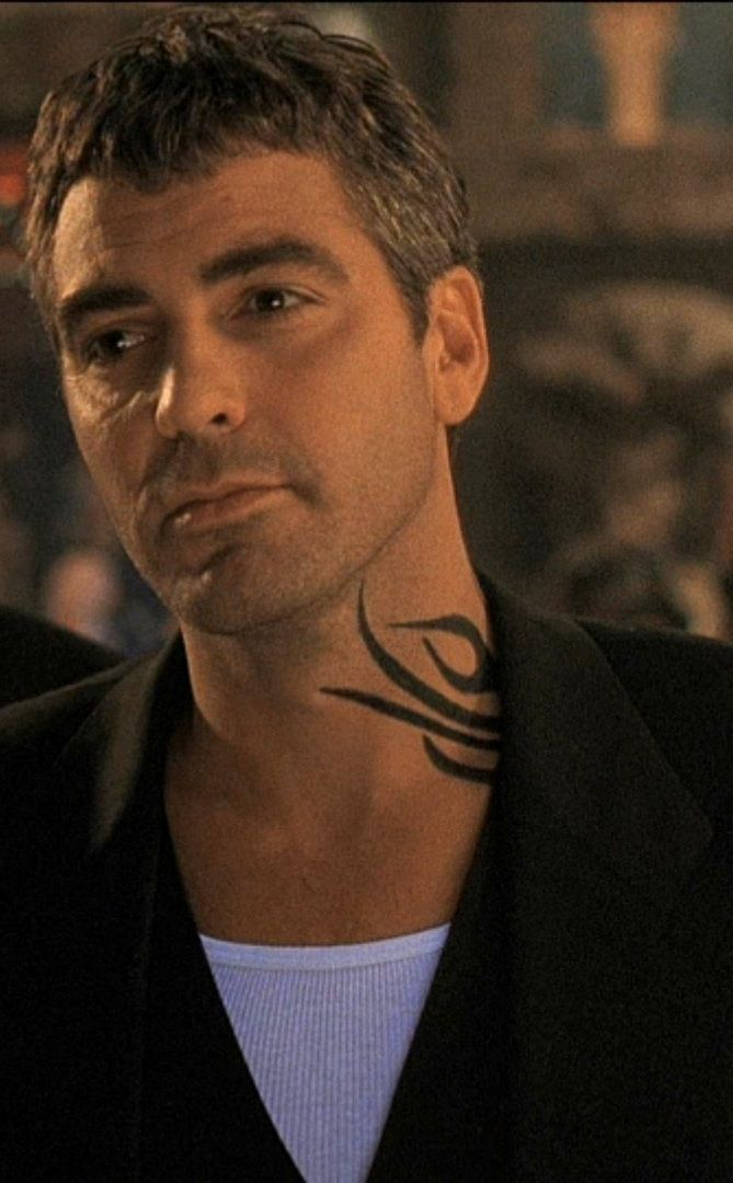 george clooney in from dusk till dawn 1996 this is when i fell for him i think it was the. Black Bedroom Furniture Sets. Home Design Ideas