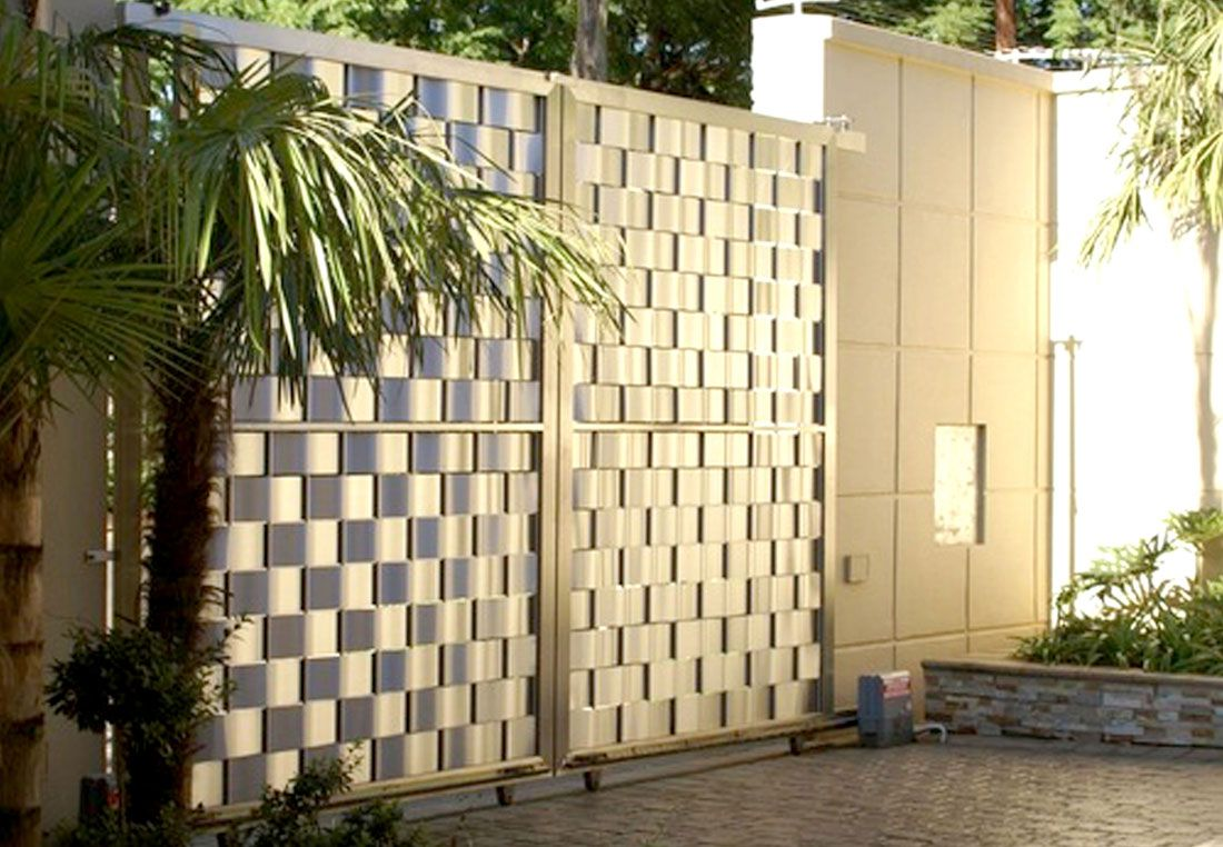Manufacturers of highly durable stainless steel main gates for homes ...