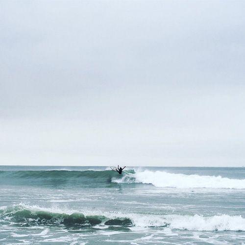 Weekend activities: a lot of this. || Waiakea Ohana @heyzachwilliams #surfsaturday #solitude #saturday #veniceca #livewaiakea