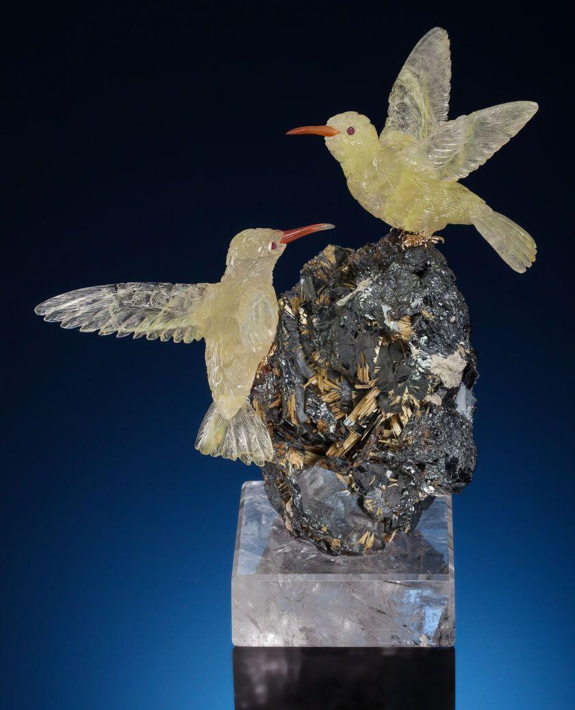 Lapidary art carvings yellow quartz hummingbird couple on