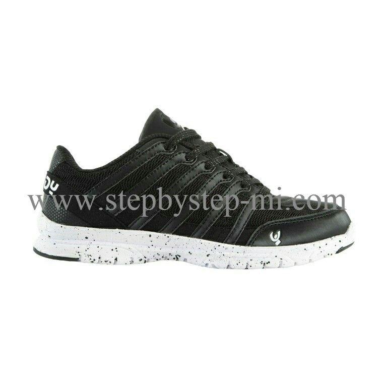 Scarpa fitness Freddy nera   #stepbystep  #scarpedaballo #danceshoes  #cute #design #fashion #shopping #shoppingonline #glamour #glam #picoftheday #shoe #style #tagsforlikes #instagood #instashoes  #fitnessshoes