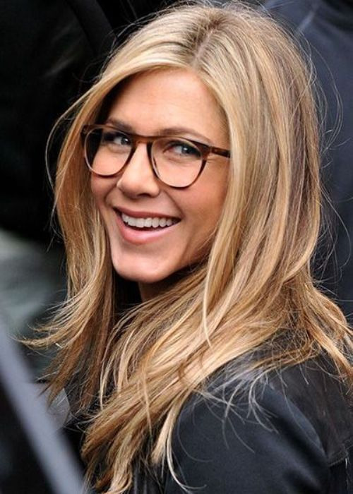 Like The Colour Jennifer Aniston Hair Hair Styles Her Hair